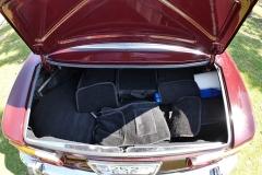 El maletero es suficientemente amplio.