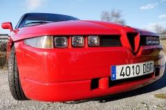 Los 6 faros son un guiño de Oprom a su obra maestra, el Citroën SM.
