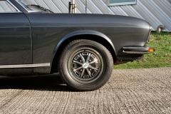 La calidad de fabricación y el mimo puesto en los detalles del Audi 100 Coupé son elogiables.