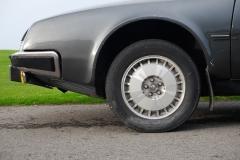 Las llantas de aleación con neumáticos TRX eran lo más en prestaciones en su época.