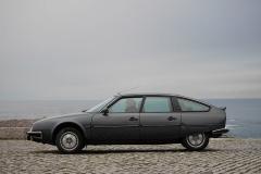El Citroën CX GTi sigue teniendo unas líneas modernas pese a sus 40 años.