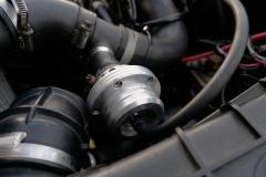 Detalle de la válvula de descarga del turbo.