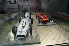Model cars in Maserati´s boutique