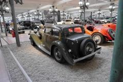 Impresiona ver lo bajito que era este SS Jaguar.