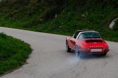 """Hoy en día el comportamiento del 911 se considera excitante, pero en los tiempos del Tatra T87, """"no había manos""""."""