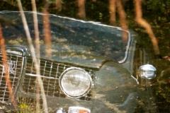 La forma de las aletas recuerda al frontal del Renault 4L.