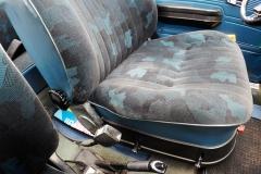 Los asientos delanteros son regulables en altura.