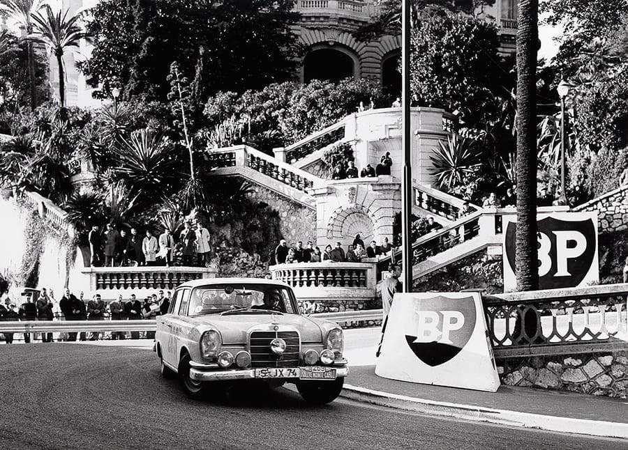 Mercedes W111 220 SE 1960 Montecarlo