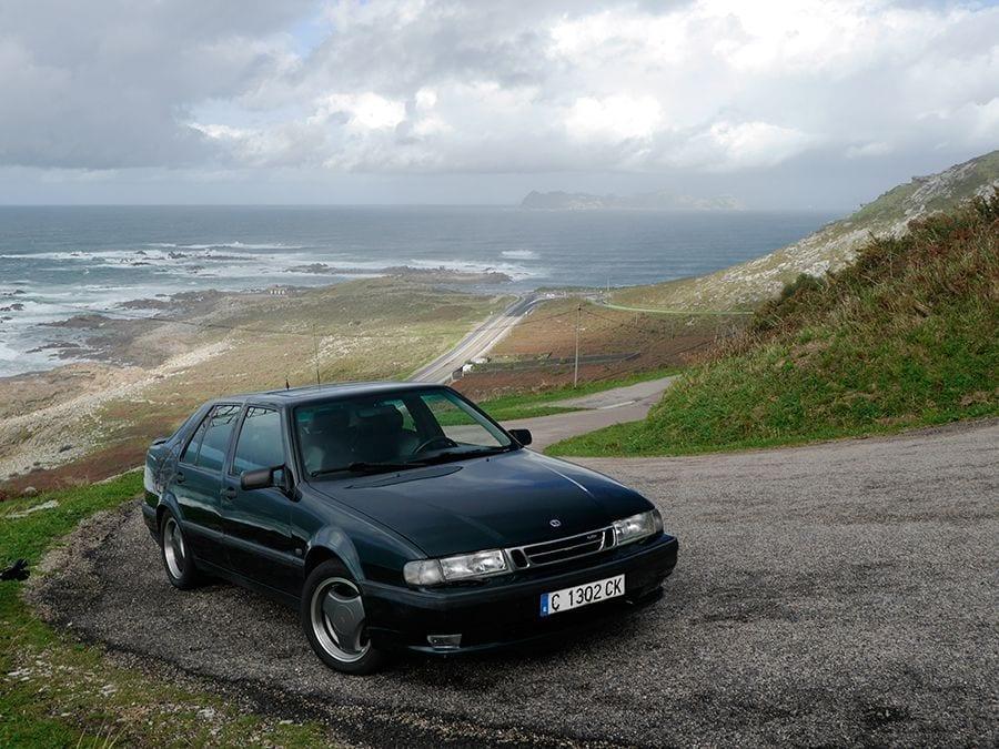 Este Saab 9000 está en un estado excelente.