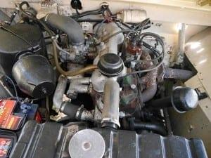 El motor 2 litros se introdujo en 1952.
