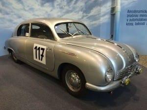 Tatra siempre destacó por su avanzada aerodinámica.