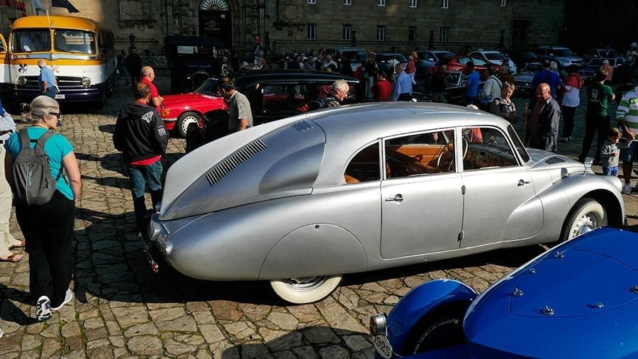 {:es}Hitler y Porsche: el imperio contra Tatra{:}{:en}Hitler and Porsche: the Empire strikes Tatra{:}