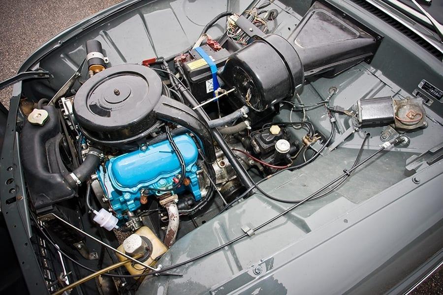 El motor Ford V4 era compacto y sin vibraciones.