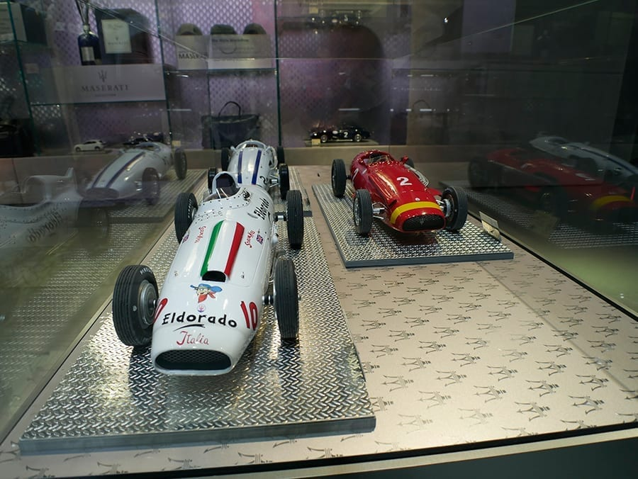 Model cars in Maserati´s boutique