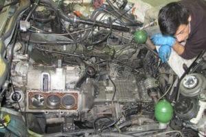 Dejando espacio para sacar el motor.
