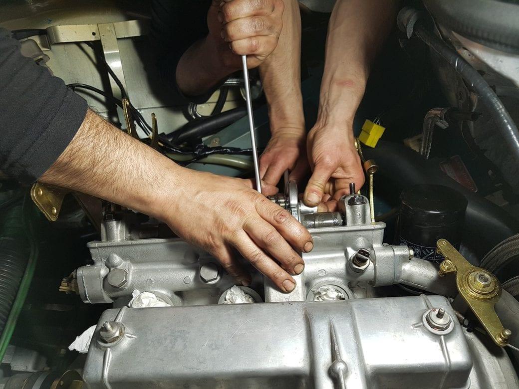 Reparación motor Maserati Citroën SM inyección