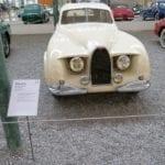 Peculiar diseño de Bugatti.