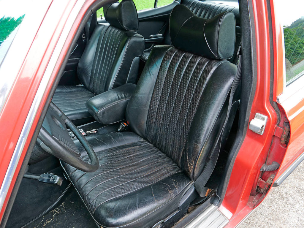 Los asientos son ejemplares por su confort.